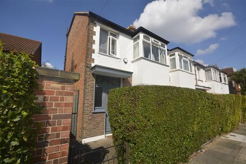 4 bedroom house to rent - Courtney Road, Colliers Wood
