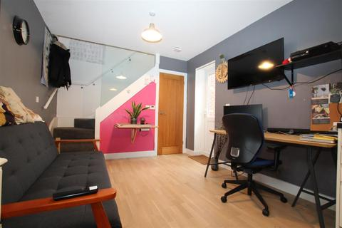 1 bedroom flat for sale - Blenheim Road, Eastleigh
