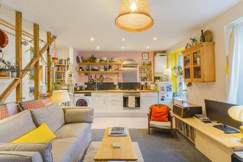 1 bedroom flat for sale - Nicholas Road, Easton