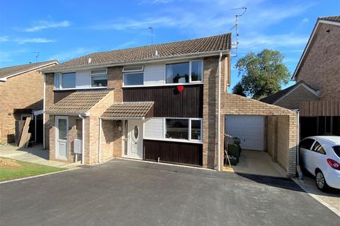 3 bedroom semi-detached house for sale - Elmlea Road, Kings Stanley, Stonehouse