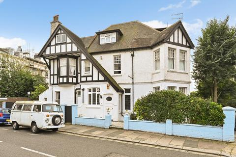 10 bedroom house for sale - York Avenue, Hove