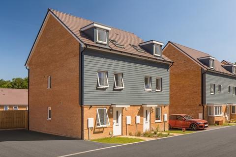 3 bedroom semi-detached house for sale - Norbury at Gillies Meadow Park Prewett Road, Basingstoke RG24