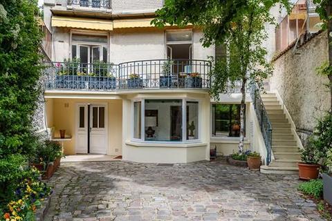 4 bedroom apartment - 75016 Paris 16 Passy, Paris, Île-de-France
