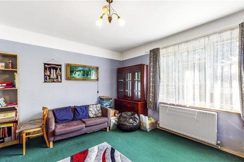 2 bedroom apartment for sale - Boundaries Road, Balham, London, SW12