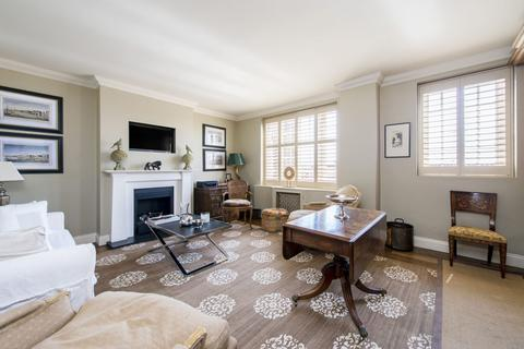 1 bedroom apartment to rent - Swan Court, Chelsea