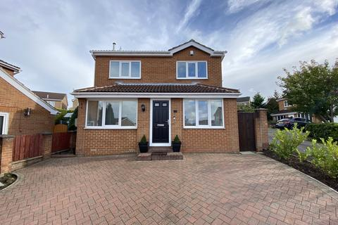 4 bedroom detached house for sale - Collishaw Close, Hasland, Chesterfield, S41 0ES
