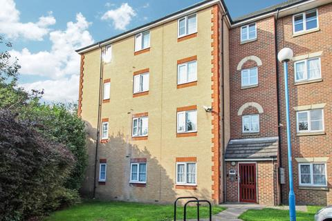 2 bedroom flat to rent - Arncroft Court, Great Galley Close, Barking, IG11 0XP