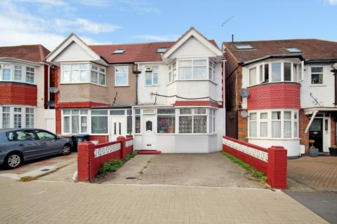 8 bedroom semi-detached house for sale - Bowrons Avenue, Wembley, Middlesex HA0