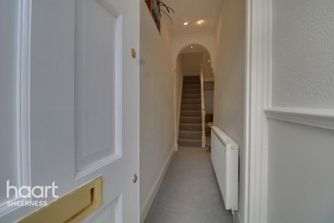 4 bedroom terraced house for sale - Delamark Road, Sheerness