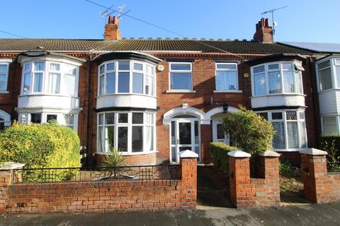3 bedroom terraced house to rent - Claremont Avenue, Hull, HU6 7ND