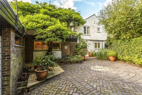 4 bedroom detached house for sale - Hetton Gardens, Cheltenham, GL53