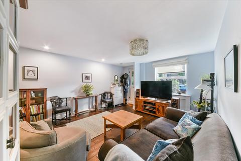 3 bedroom terraced house for sale - Peartree Lane, London, E1W.