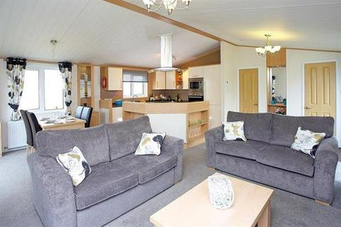 3 bedroom lodge for sale - Tattershall Lakes Country Park, Lincolnshire