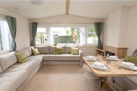 2 bedroom static caravan for sale - Whitecliff Bay Holiday Park, Isle Of Wight