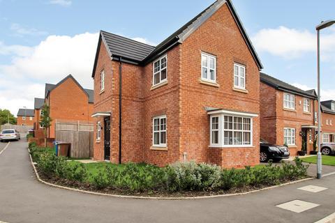 3 bedroom detached house for sale - Mosedale Road , Manchester, M24 5GW