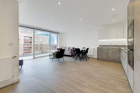 2 bedroom apartment to rent - FRESH WHARF ROAD, BARKING, ESSEX, IG11