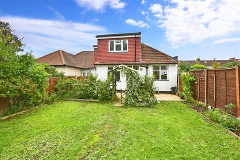 5 bedroom semi-detached bungalow for sale - Suffolk Road, Ilford, Essex