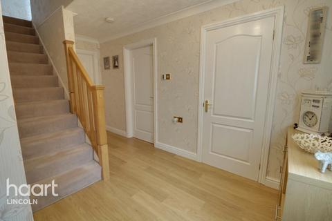 4 bedroom semi-detached house for sale - Staunton Court, Lincoln