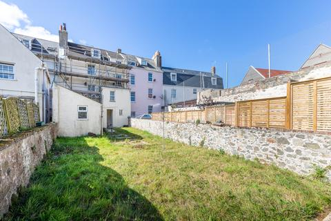 2 bedroom ground floor flat to rent - Vauvert, St. Peter Port, Guernsey