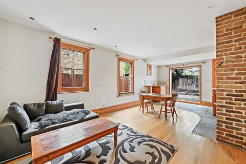2 bedroom maisonette for sale - Dunraven Road, London, W12
