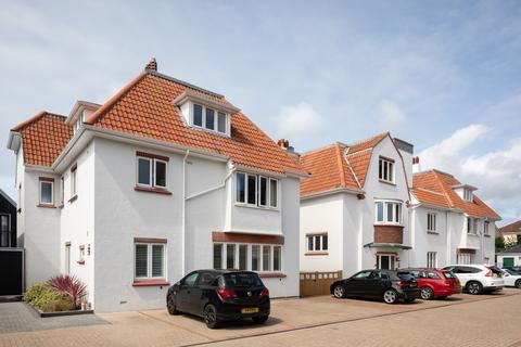 3 bedroom apartment to rent - La Rue Du Froid Vent, St. Saviour, Jersey