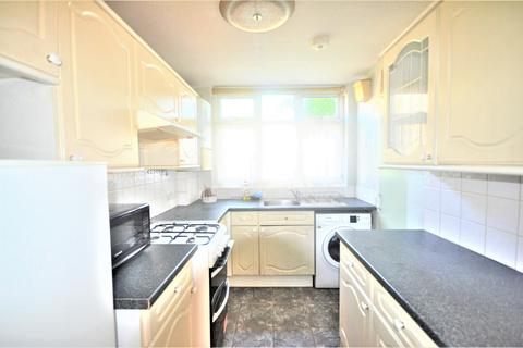 2 bedroom terraced house to rent - Nigel Mews, ILFORD, IG1