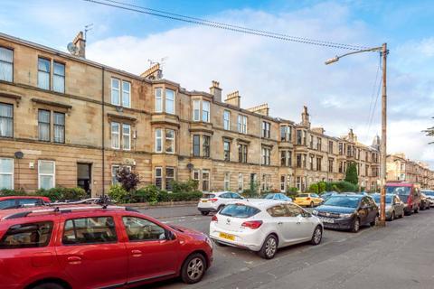3 bedroom flat for sale - Kenmure Street, Flat 2/2, Pollokshields, Glasgow, G41 2LD