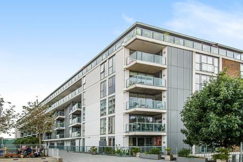 2 bedroom flat for sale - Banning Street London SE10