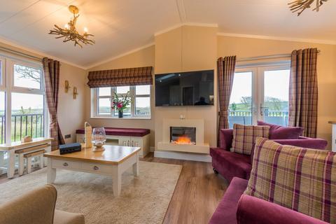 2 bedroom lodge for sale - Otterham Cornwall