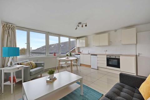 4 bedroom apartment to rent - Ebley Close, London, SE15