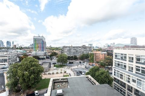 1 bedroom flat for sale - Metro Central Heights, 119 Newington Causeway, Elephant and Castle, SE1