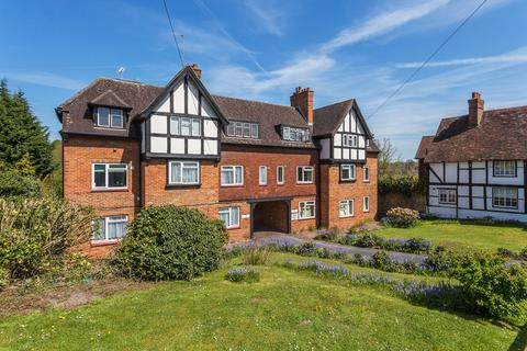 1 bedroom ground floor flat to rent - High Street, Oxted