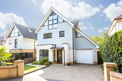 4 bedroom detached house to rent - St. Peters Road, Poole