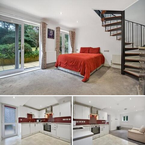2 bedroom apartment to rent - Invercloy, Northwood, Middlesex, HA6