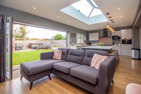 5 bedroom detached house for sale - Burr Close, Ramsey, Harwich, CO12 5EN