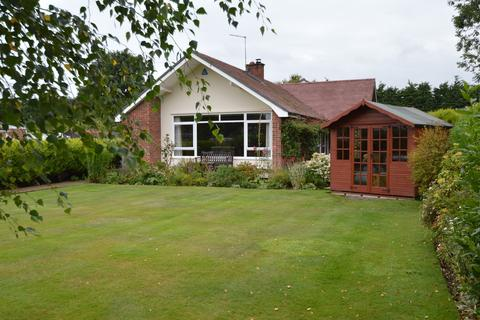 4 bedroom detached bungalow for sale - North Street, Blofield