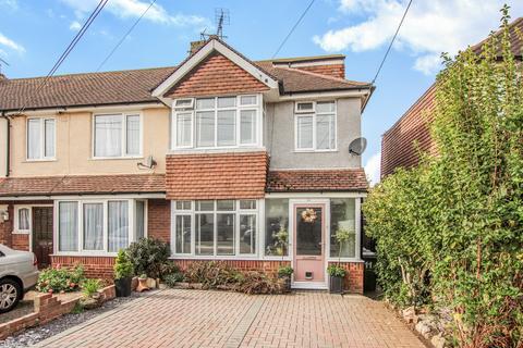 4 bedroom end of terrace house for sale - Stanley Road, Littlehampton BN17 6JE