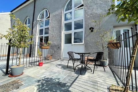 2 bedroom townhouse for sale - Castle Street, Launceston