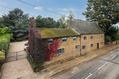 6 bedroom detached house for sale - High Street, Scaldwell, Northamptonshire, NN6
