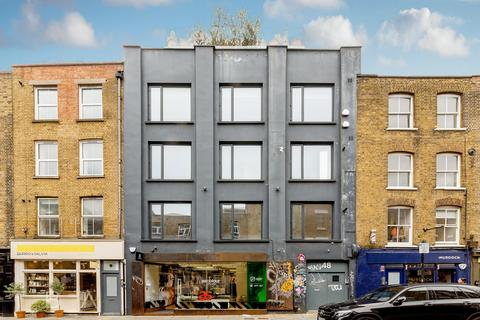 4 bedroom property to rent - Redchurch Street, London, E2