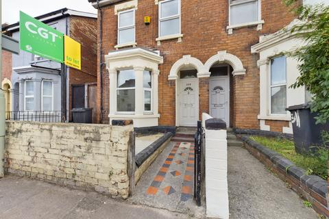 3 bedroom semi-detached house to rent - Barton Street, Gloucester,