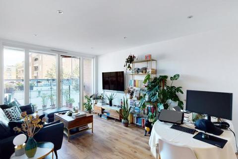 2 bedroom apartment to rent - Pamela Street, Haggerston, E8