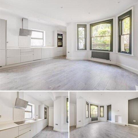 2 bedroom apartment to rent - Bolingbroke Grove, London, SW11