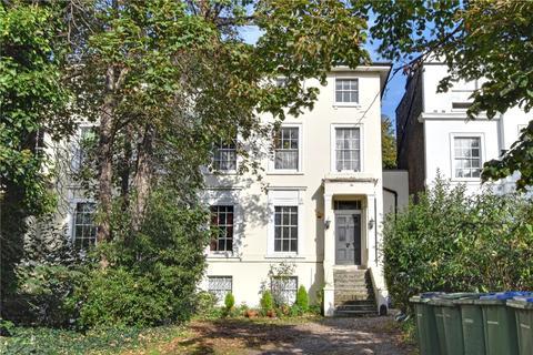 2 bedroom apartment for sale - Shooters Hill Road, Blackheath, London, SE3
