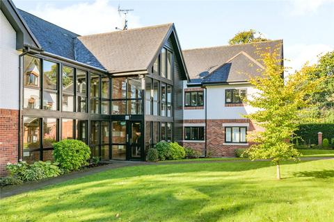 3 bedroom apartment for sale - Hunters Lodge, Hunters Close, Wilmslow, Cheshire, SK9