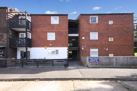 1 bedroom flat for sale - Maple Road, Hayes