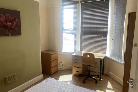 4 bedroom terraced house to rent - Edinburgh Road, Liverpool