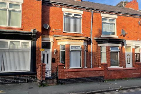 3 bedroom terraced house to rent - Alton Street, Crewe