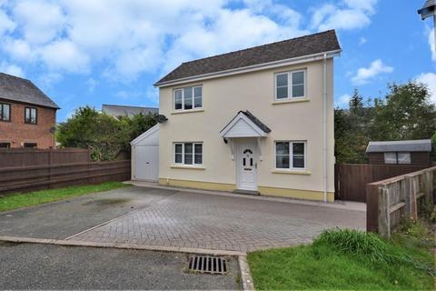 3 bedroom detached house for sale - Merlins Bridge, Haverfordwest