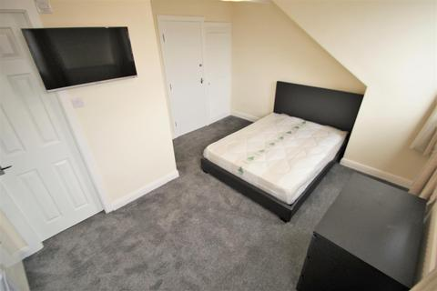 6 bedroom terraced house to rent - Winston Gardens, Headingley, Leeds, LS6 3LA